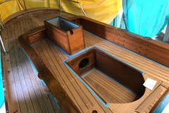 Classic Boat Project - varnishing